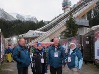 Im Athletendorf den SCO-Vorsitzenden Georg geiger und Dr. Peter Kruijer
