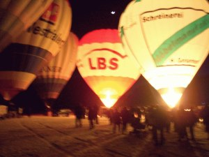 Ballonglhen mit Glhweinparty in Pfronten