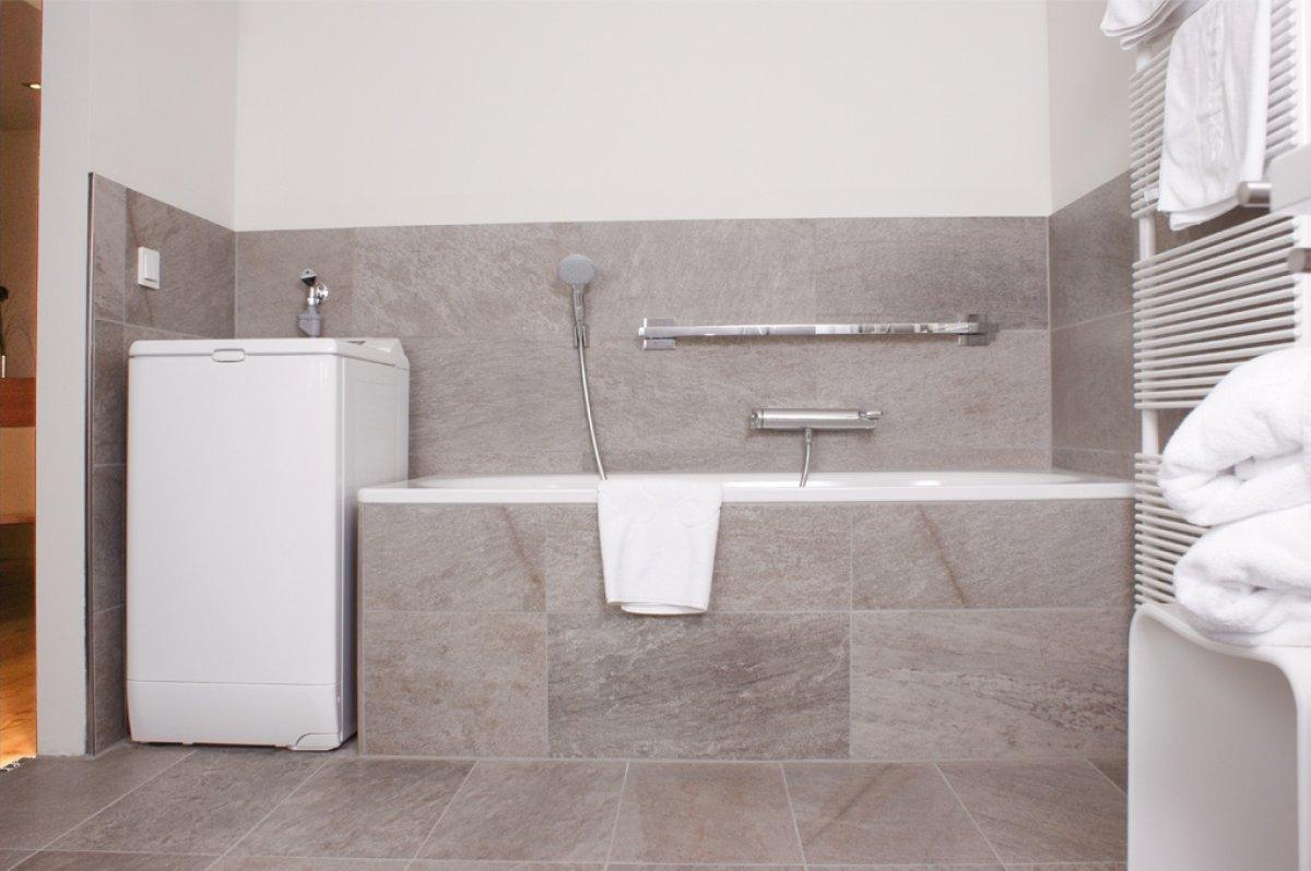 Design badezimmer ferienwohnung reisigl for Badezimmer design hannover