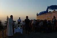 Über 400 Menschen beim Berggottesdienst zum Sonnenuntergang auf dem Hochgrat
