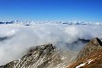 Blick von der Nebelhorn-Gipfelstation zum Geißalpfuß und Geissalphorn