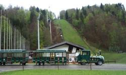 Vor der Skiflugschanze