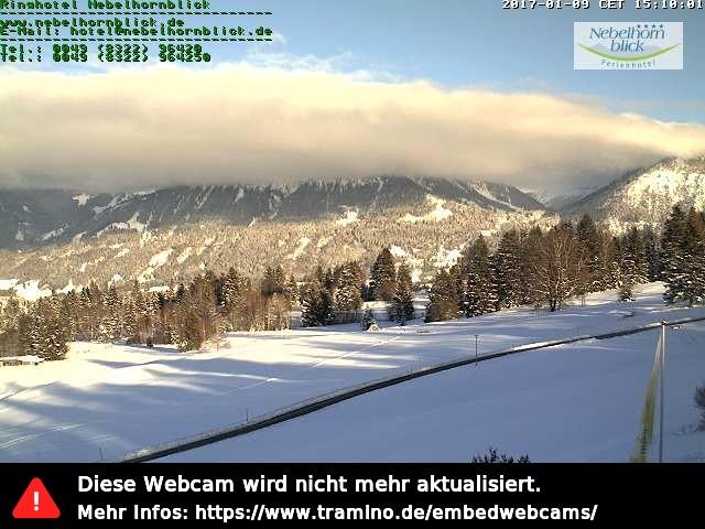 Das Bild zeigt den Blick vom Ringhotel Nebelhornblick in Richtung Nebelhorn und Rubihorn. Das Bild wird bereitgestellt von: Haus Nebelhornblick, Kornau 49