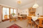 Wohnzimmer Wohnung Nr. 1 Alter Steinachweg 8