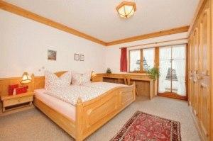Schlafzimmer Alter Steinachweg 8