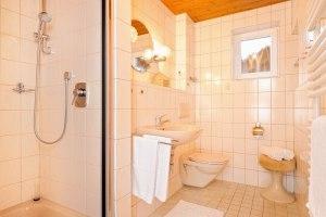 Dusche/WC Wohnungen Alter Steinachweg 8