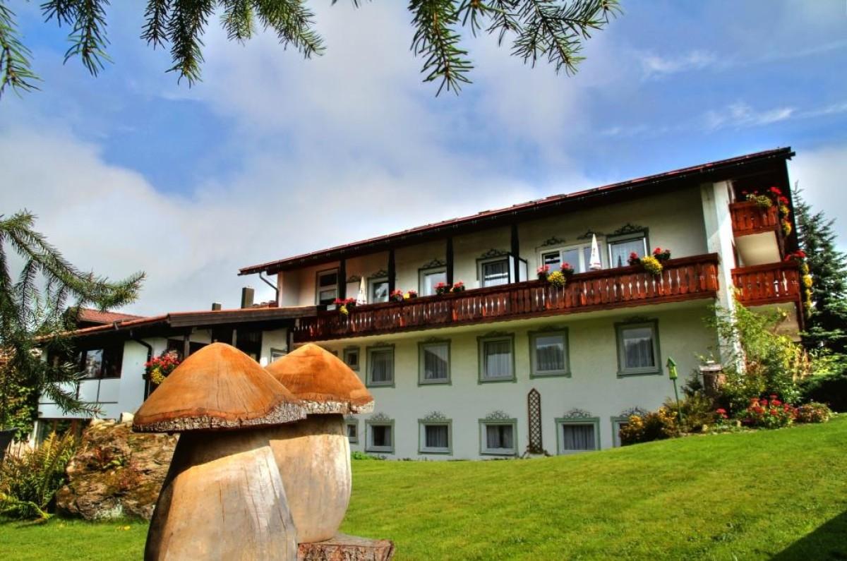 Hotel landhaus staufenblick 3 sterne hotel allg u for Oberstaufen hotel