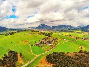 Luftbildaufnahme Hotel Sonnenalp