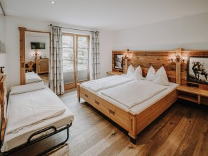 Doppelzimmer Alpenrose mit Zustellbett