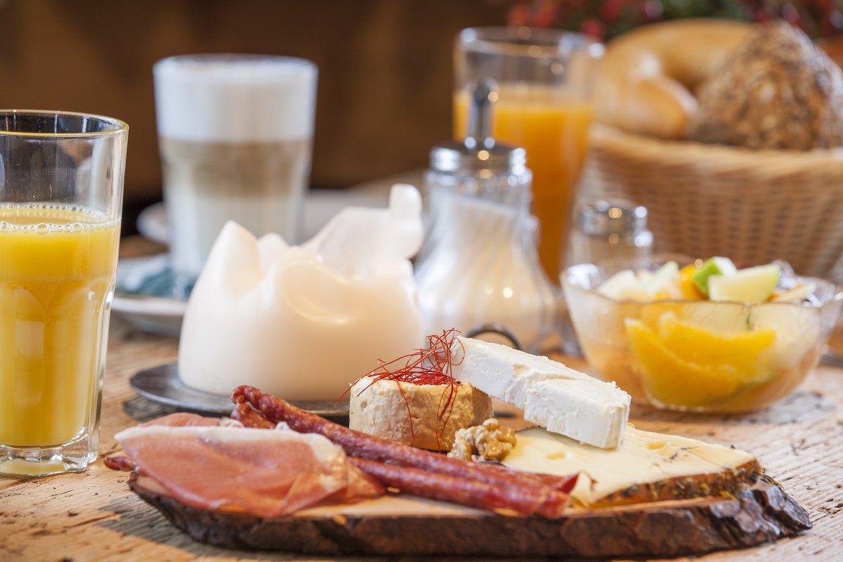 Köstliches Älpler-Frühstück am Morgen