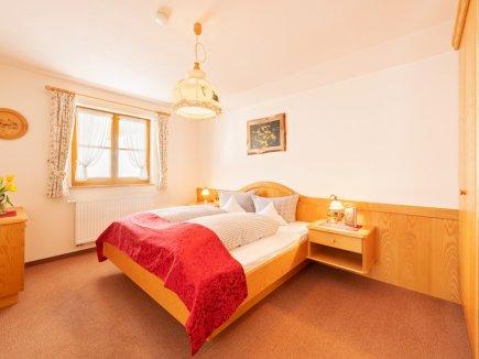 Fewo Alpenblume Schlafzimmer