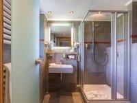 Zimmerbeispiel Einzelzimmer Bad