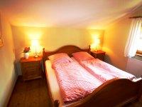 Oberstdorf Ferienhaus Alpenhuette Schlafzimmer
