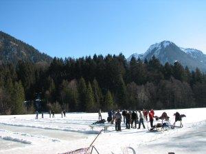 Eisstockschießen auf dem Moorweiher