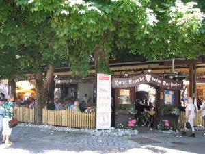 Biergarten in der Hauptstrasse
