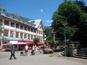 Marktplatz mit Cafe