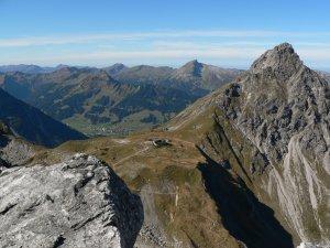 Blick auf Fiderepasshütte