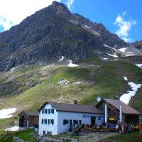 Widdersteinhütte mit Widderstein