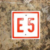 Wegbeschilderung E5