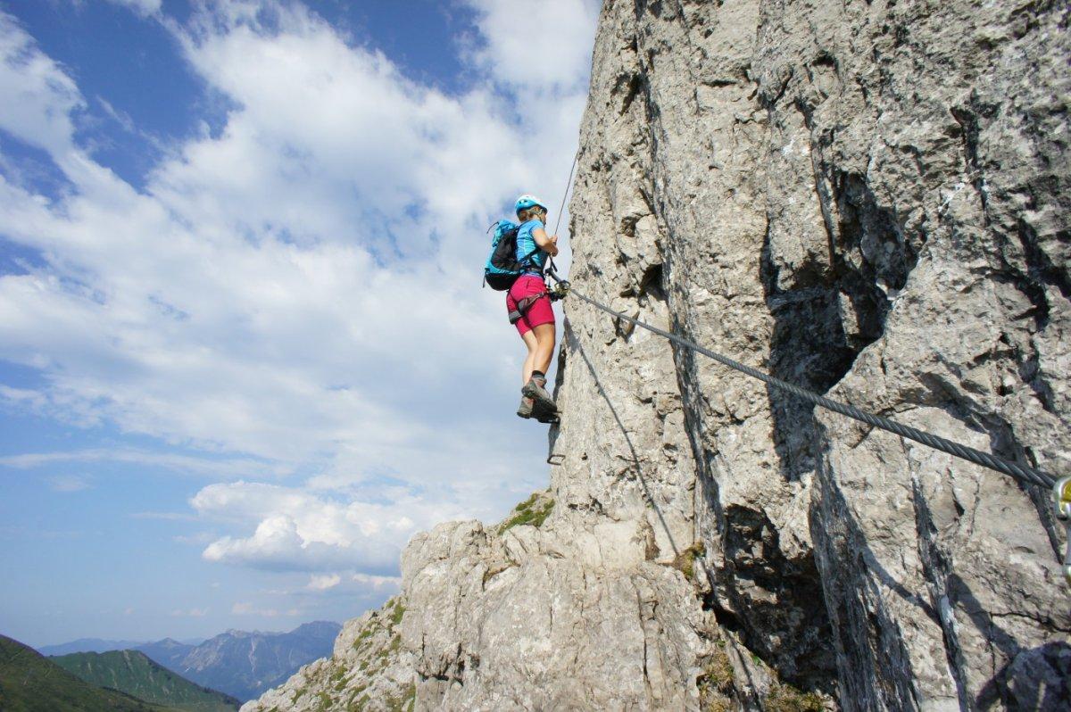 Klettersteigset Leihen Frankfurt : Kletterausrüstung leihen frankfurt: deine globetrotter filiale