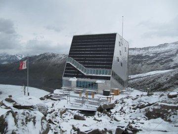 Mt. Rosa Hütte