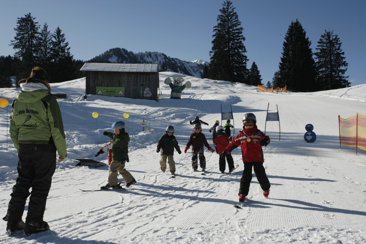 snowboarding dating website Find meetups about snowboarding for singles and meet people in your local community who share your interests.