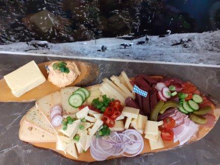 Tolle Käse-Wurstplatte