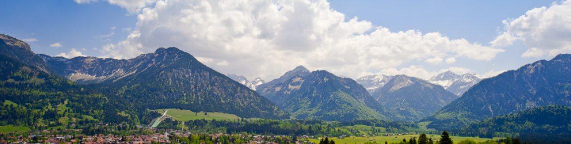 Oberstdorf-mit-seinen-Bergen-und-Tälern