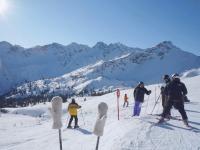 Schnee Ski und Sonne