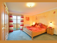 Alpenglühn großes Schlafzimmer