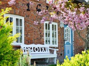Urlaub im reetgedeckten Ferienhaus auf der Insel Wyk auf Föhr