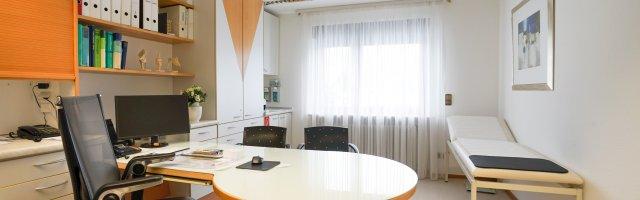 Arztpraxis Mitarbeiter - 2020-039-3000