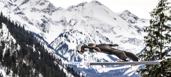 Beeindruckende Kulisse beim Skifliegen Oberstdorf