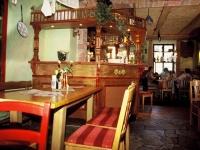 Olivenbauer Innen
