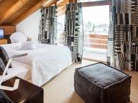 Wohnung Schneeweißchen Schlafzimmer mit Balkon 02-18