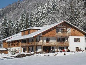 Unser Berggasthof im Winter