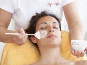 Gesichtsbehandlung im AlpenSpa