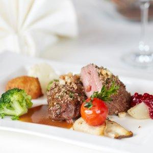 Hirschkalbs-Nüsschen im Restaurant Berwanger Hof - 4 Sterne Hotel im Allgäu