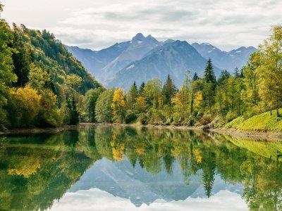 Kristallklarer Bergsee