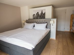 Zimmer 761-3