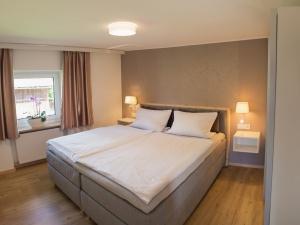 Schlafzimmer 763-9