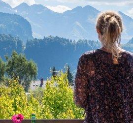Ausblick vom Boutiquehotel Gams in die Berge