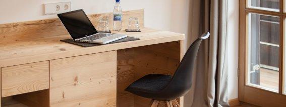 Schreibtisch Best Room 21
