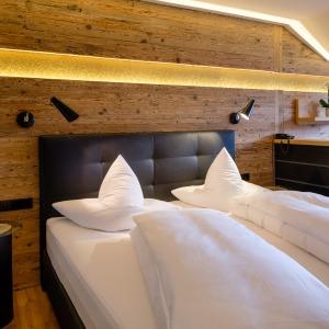 Best Room 32