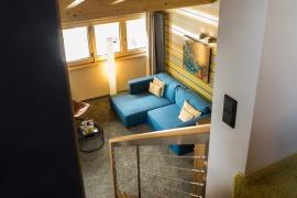 Zimmer 31: Blick auf Wohnbereich