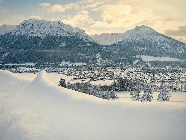 Blick auf das verschneite Oberstdorf