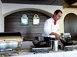 Der Chefkoch bei seiner Arbeit