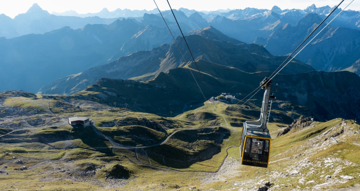 Nebelhornbahn auf dem Weg zum Gipfel