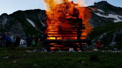 Sonnwendfeuer Nebelhorn