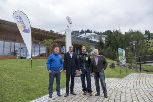 v.l.n.r.: Robert Haller, Dr. Andreas Gapp, Mark Hilbrand und Toni Haller